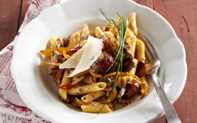 Pasta with pan fried free range beef strips, mushrooms and peppers